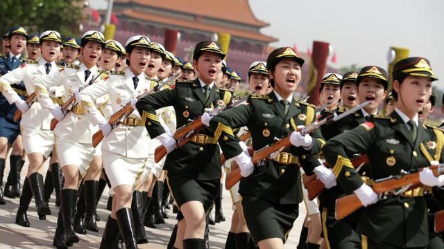 7 ngày qua ảnh: Vẻ trang nghiêm của nữ tiêu binh Trung Quốc