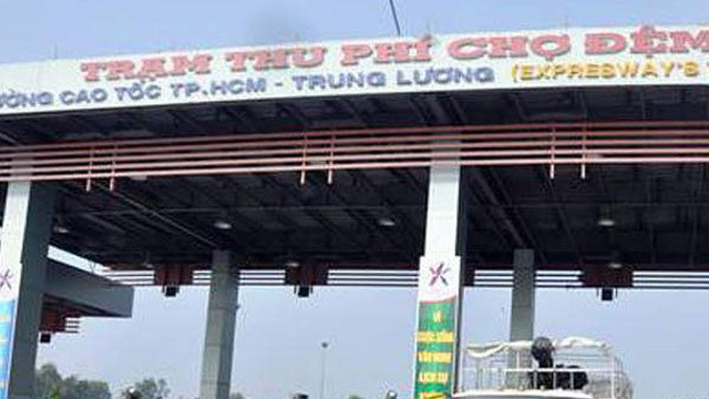 Hàng loạt cán bộ trạm thu phí trên cao tốc TPHCM - Trung Lương bị bắt