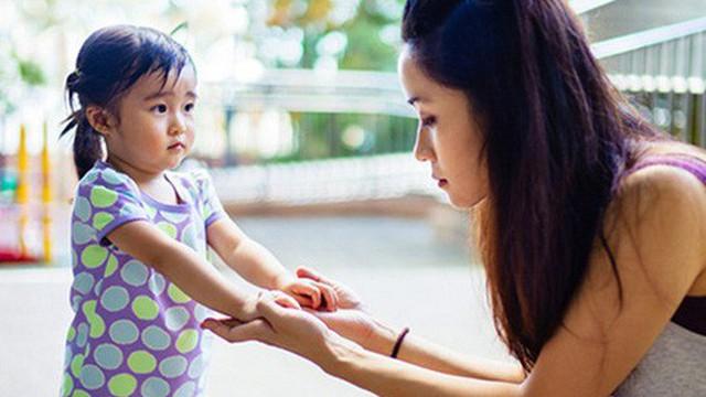 """Nghệ thuật """"phạt con"""" vô cùng hiệu quả mà không làm tổn thương đến lòng tự trọng của trẻ, cha mẹ rất nên thuộc nằm lòng"""