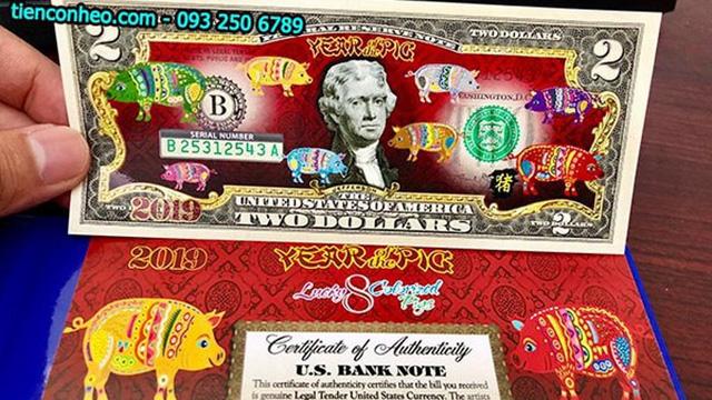 Sốt tiền USD mừng tuổi in hình con heo: Cẩn trọng khi giao dịch