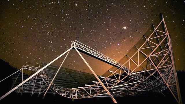 Phát hiện loạt tín hiệu bí ẩn, nghi được gửi từ nền văn minh ngoài Trái Đất