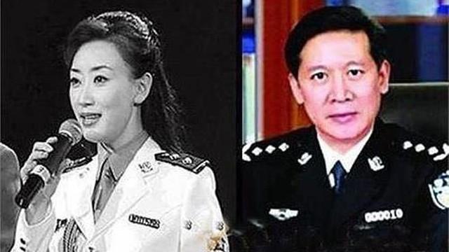 Trung Quốc: Bi hài chuyện nữ công an 'thăng quan trên giường'