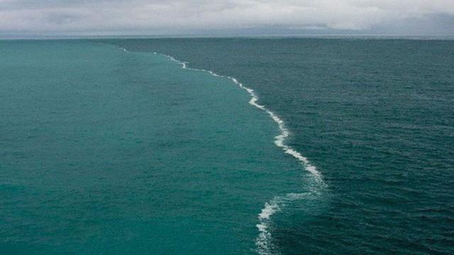 Các đại dương sẽ đổi màu hàng loạt trong tương lai và đây là lý do vì sao đó là tin rất xấu