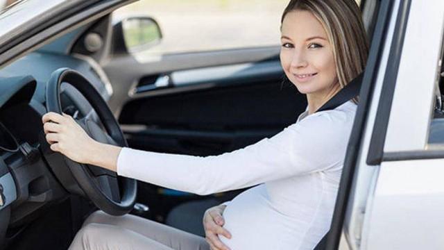 Bí kíp lái xe an toàn dành cho bà bầu