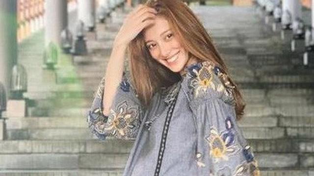 Vừa trở về từ Việt Nam, Hoa hậu Trần Khải Lâm đã hạ sinh quý tử cho Trịnh Gia Dĩnh?