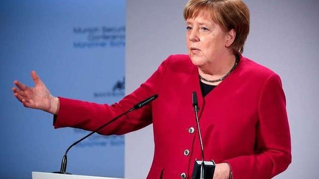 Thủ tướng Đức Angela Merkel ủng hộ EU duy trì cấm vận Nga