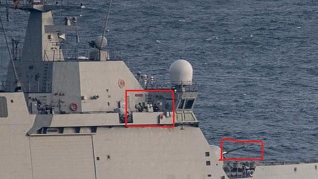 Tàu chiến Tây Ban Nha cảnh báo tàu thương mại tại lãnh thổ tranh chấp với Anh