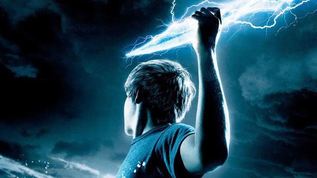 """Top 10 vũ khí """"thần thánh"""" danh bất hư truyền trong thần thoại - tiểu thuyết thế giới (Phần 1)"""
