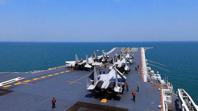 Hải quân Mỹ - Trung đụng độ, điều gì xảy ra?