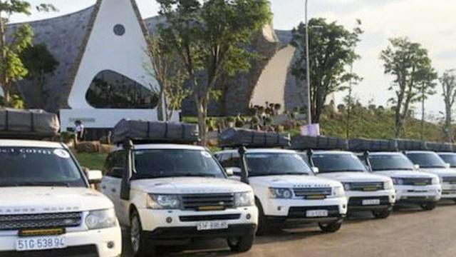 Tiền nhiều để làm gì: Ông Đặng Lê Nguyên Vũ mạnh tay chi hàng trăm triệu để lắp đèn cho dàn xe sang