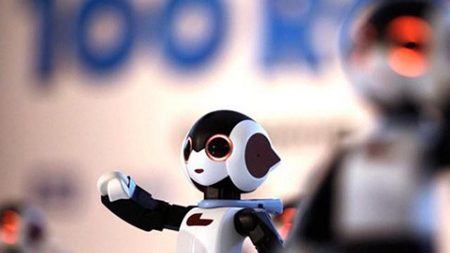 Những nghề dễ bị 'xơi tái' bởi robot, bạn có đang làm việc liên quan đến nó không?