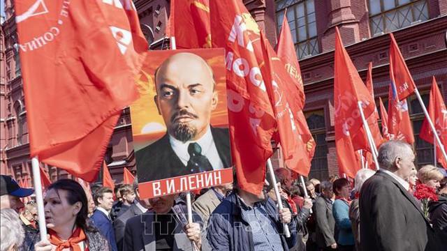 Khắp nước Nga kỷ niệm 149 năm Ngày sinh lãnh tụ V. I. Lenin