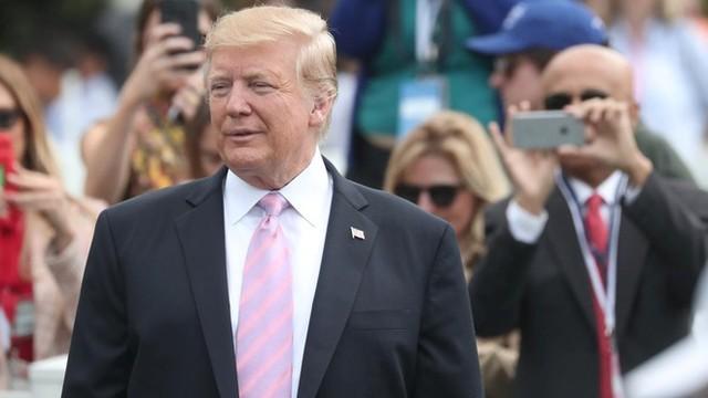 """Ông Trump """"hỏi tội"""" Twitter vì bị mất nhiều người theo dõi"""