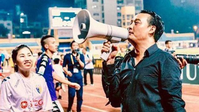 Chủ tịch CLB Hà Nội viết status đầy ẩn ý về việc kháng án, các fan được dịp mừng thầm