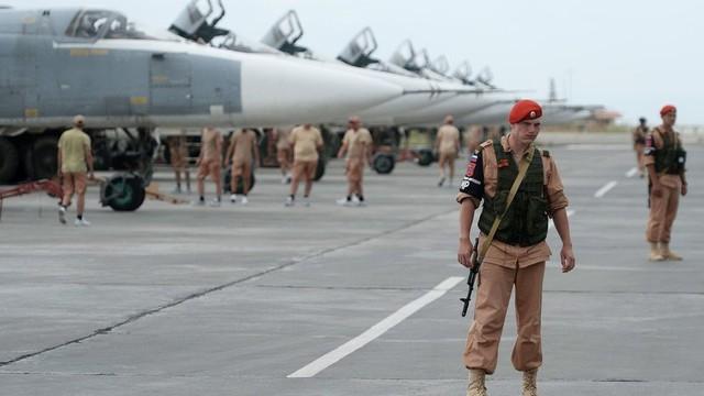 Bị đánh úp bất ngờ, Nga và Syria vẫn xoay chuyển tình thế, vùi dập kẻ thù