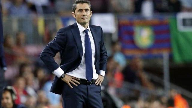 Mặc sự ủng hộ của Messi, Barca vẫn quyết định sa thải Valverde