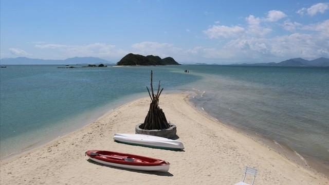 Lật ghe chở khách du lịch tự phát ở Khánh Hòa, 3 người chết
