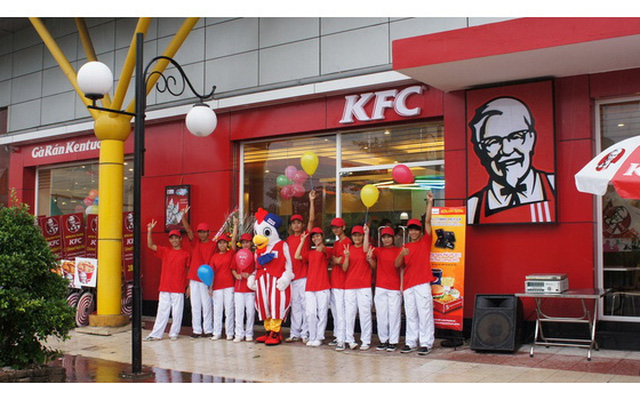 Kiến nghị gửi tới Thủ tướng: Các doanh nghiệp lớn cũng nên thu mua sản phẩm chăn nuôi, ví dụ như thịt gà để làm gà KFC
