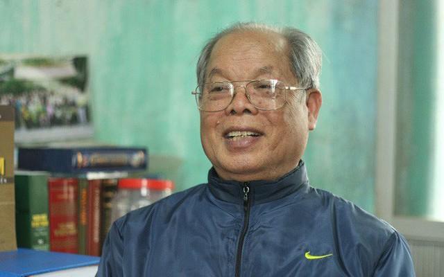"""Cháu nội làm phần mềm chuyển đổi 'tiếw Việt' tặng PGS Bùi Hiền: """"Thực ra chữ của ông tôi học rất nhanh"""""""