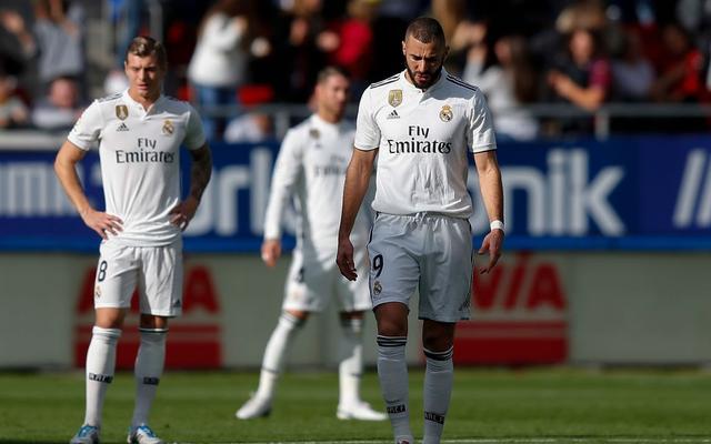 Tan nát trong ngày vui của Ronaldo, Real Madrid tiệm cận thành tích tủi hổ của Man United