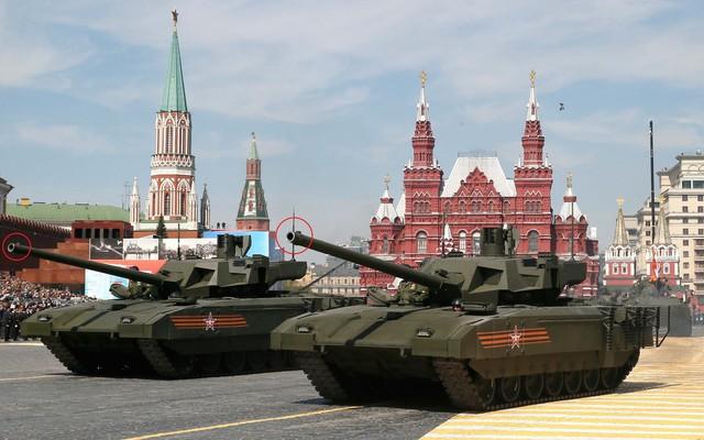 """Đại tá xe tăng VN: Đúng là pháo của siêu tăng T-14 Armata Nga có """"đầu ruồi"""" thật?"""