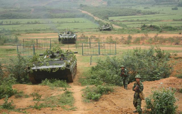 """Kẻ thù """"buộc ta ôm cây súng"""": Những cái Tết ăn không đúng ngày """"vô tiền, khoáng hậu"""" trong lịch sử Việt Nam"""