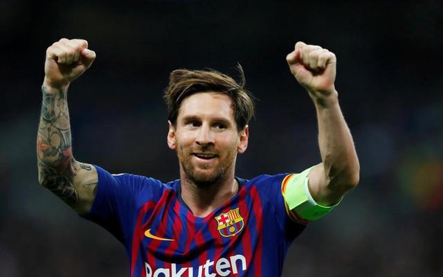 """Đâu riêng Man United, Messi còn là """"hung thần"""" với cả nước Anh"""