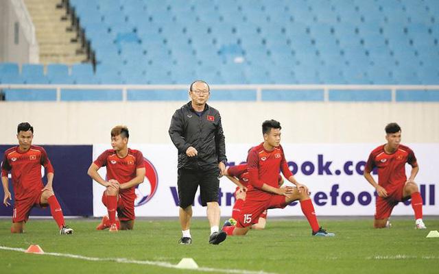 Đội tuyển Việt Nam chưa sử dụng cầu thủ Việt kiều ở King's Cup