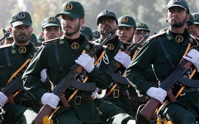 Iran có thể gửi Vệ binh Cách mạng đến Venezuela để bảo vệ Tổng thống Maduro