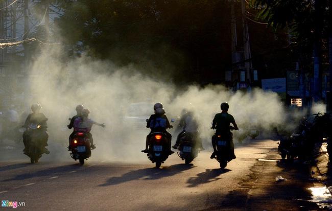 Những tác hại khủng khiếp của khói xe mà cha mẹ nhất định phải chú ý