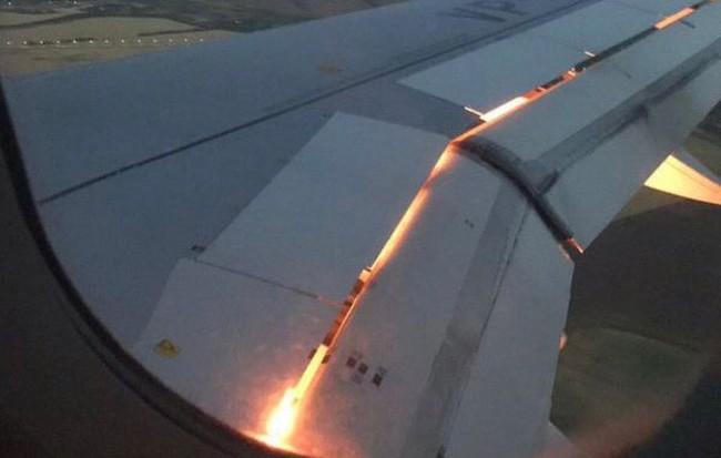 Máy bay chở đội Saudi Arabia thi đấu World Cup cháy động cơ