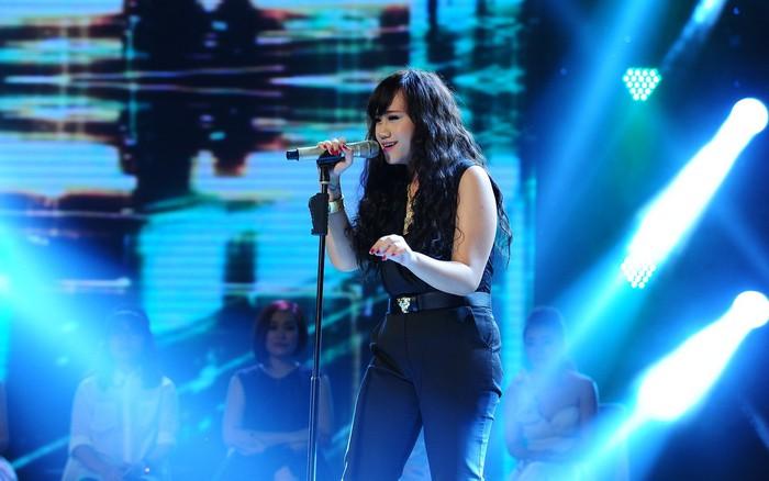 Con gái 'sư tử' Kim Loan suýt 'rớt tim' khi thi X-Factor