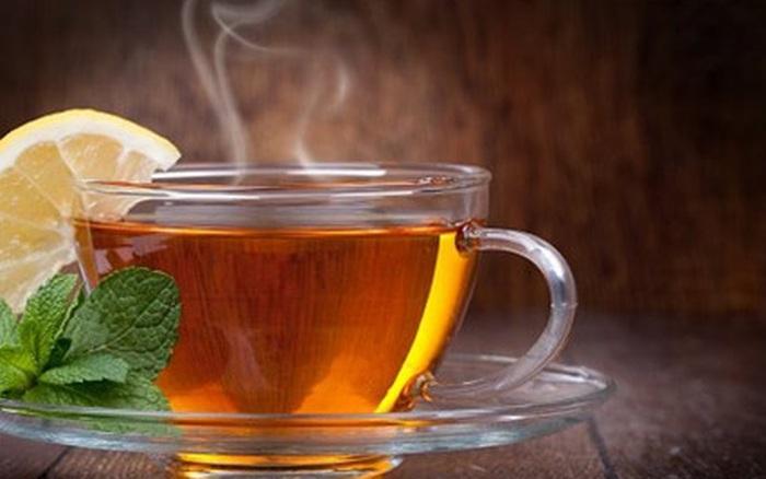 Giảm cân bằng trà nóng