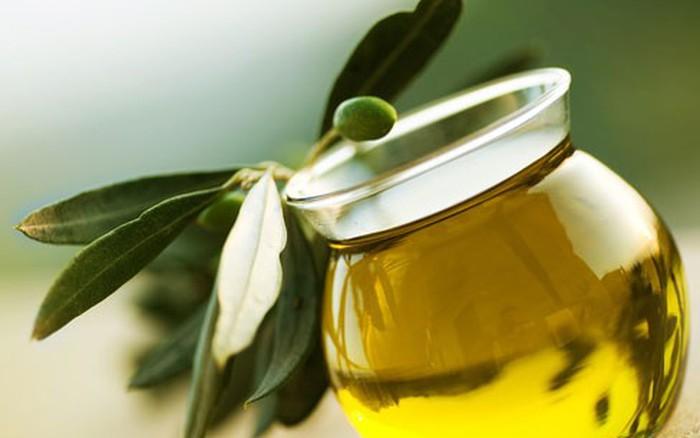 Bí quyết trị nám da bằng dầu oliu đơn giản