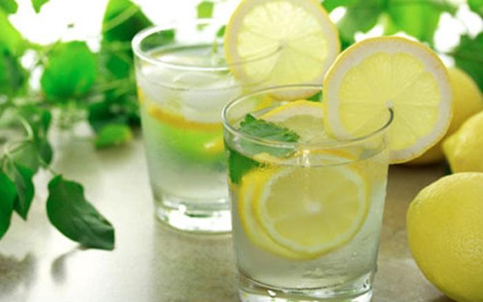 Cách làm bụng nhỏ nhanh nhất bằng nước chanh