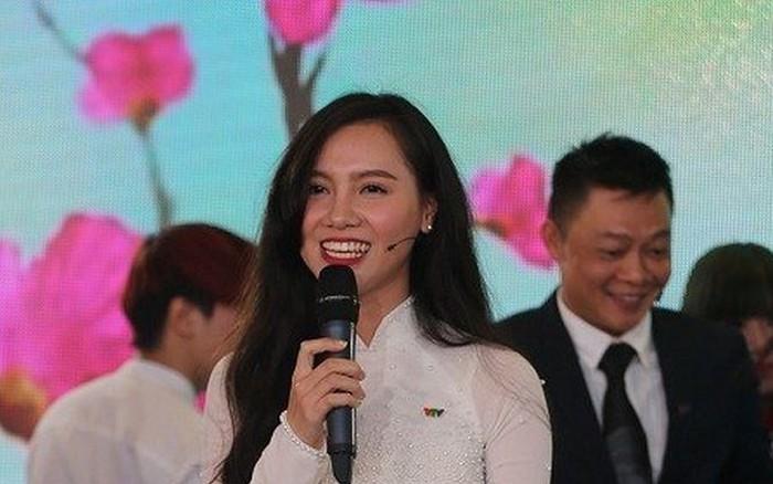 MC Minh Hà 'Cà phê sáng' tiết lộ thu nhập 8 con số ở VTV