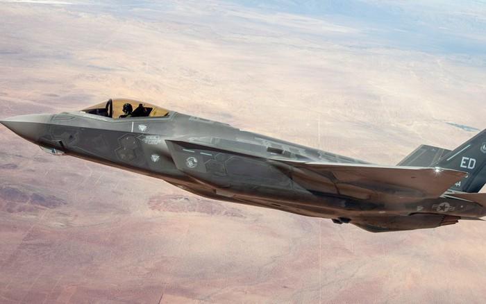 NÓNG: Nhật Bản tìm thấy xác tiêm kích F-35, phi công vẫn mất tích