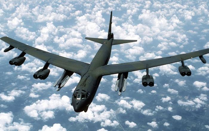 B-52 Mỹ tung đòn sấm sét tấn công: Phòng không Iran sẽ gục ngã, kể cả S-300PMU-2!