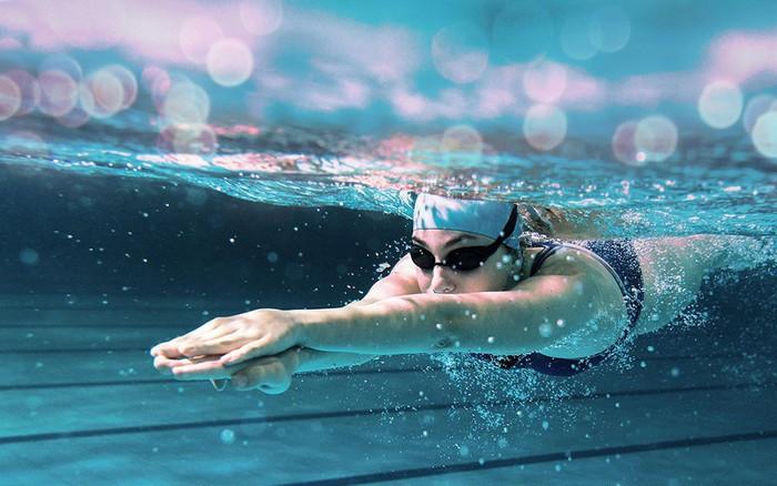 Bơi có phải là cách tiêu hao nhiều calo:Tại sao có người không giảm cân mà còn béo lên? - bơi