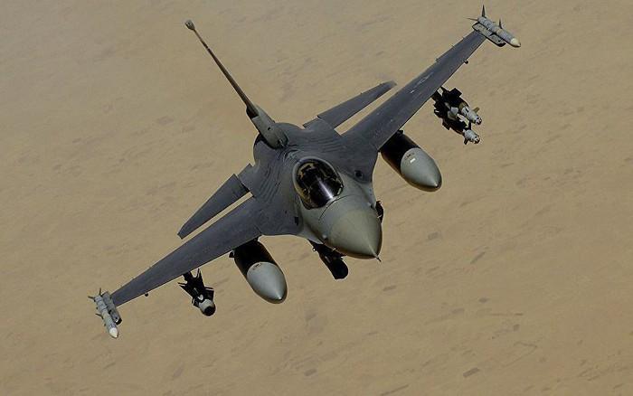 Mỹ đồng ý bán 8 máy bay chiến đấu F-16 cho Bulgaria