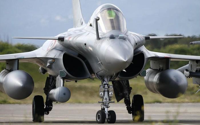 Ấn Độ chuẩn bị nhận tiêm kích đa nhiệm Rafale