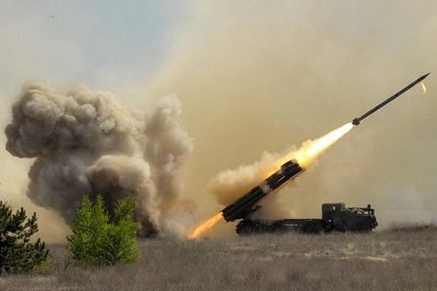 Ngoại trưởng Nga Lavrov ra tuyên bố quan trọng - Súng vẫn nổ ở Armenia và Azerbaijan - Ảnh 1.