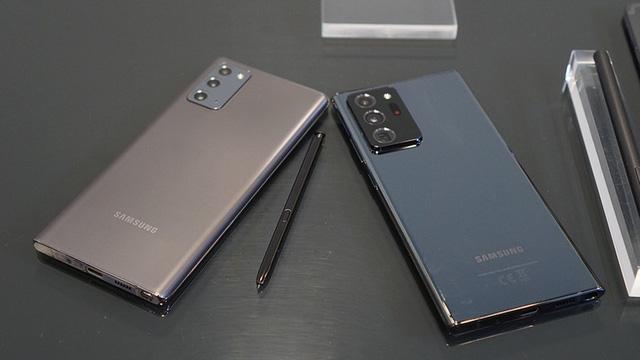 Galaxy Note20, Galaxy S20+, iPhone 11 Pro Max... đồng loạt rớt giá  - Ảnh 1.