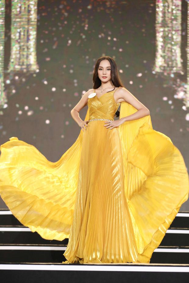 Công bố kết quả vòng Bán kết Hoa hậu Việt Nam 2020: Đã tìm ra 35 thí sinh đẹp nhất, ai sẽ là chủ nhân của vương miện cao quý? - Ảnh 2.