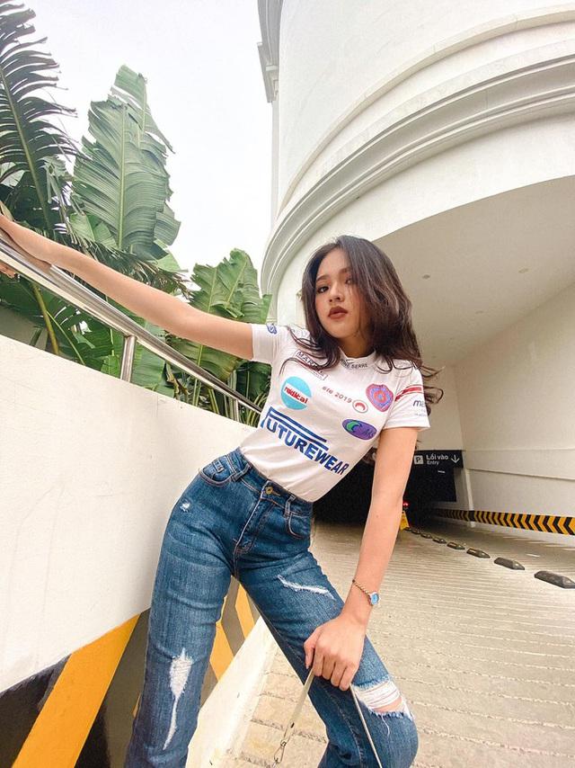 Nữ sinh Phú Yên lột xác ngoạn mục thành hot girl quyến rũ, khoe số đo 3 vòng như hoa hậu - Ảnh 2.