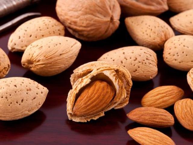 Bổ sung 7 loại thực phẩm này vào bữa ăn nhẹ không chỉ giúp bạn có cơ bắp khỏe mạnh mà còn thu được nhiều lợi ích bất ngờ cho sức khỏe - Ảnh 2.
