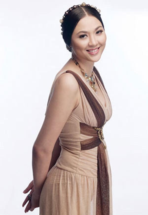 20 năm đăng quang Hoa hậu Việt Nam, Phan Thu Ngân lặng lẽ biến mất khỏi showbiz - Ảnh 2.