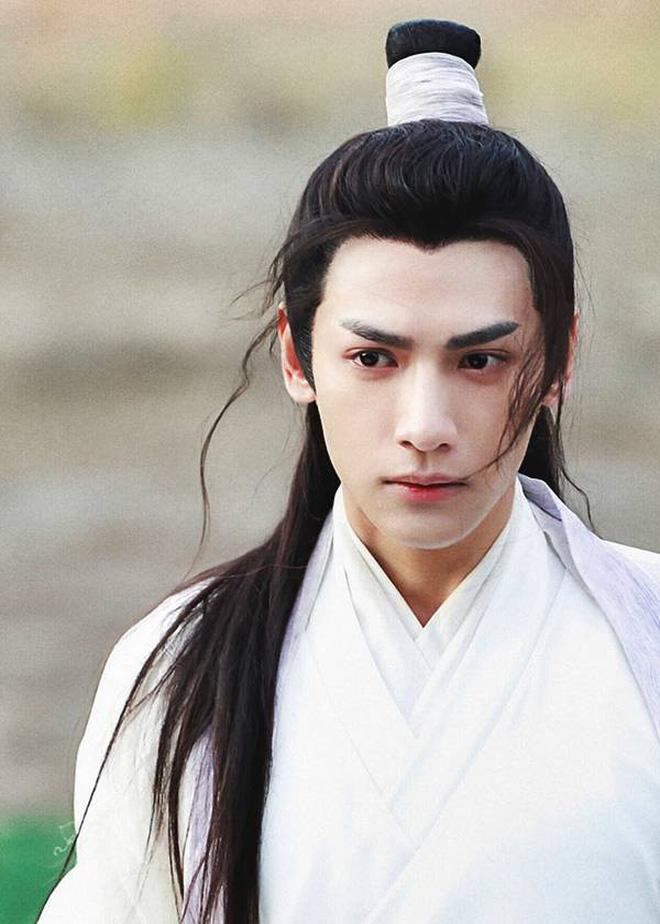 La Vân Hi: Anh thầy sinh ra để đóng cổ trang, được khen kính nghiệp nhưng toàn lọt hố scandal vô ơn, cướp đất diễn tiền bối - Ảnh 15.