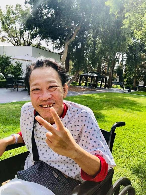 Trizzie Phương Trinh: Anh ngồi bên kia cổng sắt với 1 chân đã mất mà không kìm được nước mắt - Ảnh 7.
