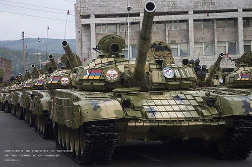 Chiến sự Azerbaijan-Armenia ác liệt: Su-25 bị bắn hạ - Nhóm Minsk họp khẩn - Ảnh 2.